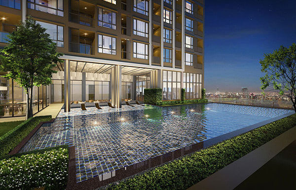 The-Line-Sukhumvit-71-Bangkok-condo-for-sale-Swimming-pool-with-jacuzzi